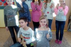 14. 1. 2019 HV - vlastní hudební nástroje - 4. třída